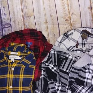 💜Lot of 4 mens flannels